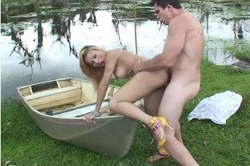 Nasty blonde shemale fucks outdoor